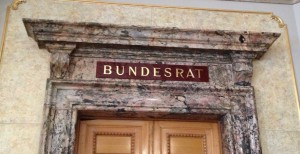Tür zum Bundesratszimmer in der Wandelhalle im Bundeshaus