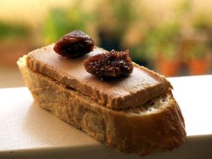Brötchen mit Entenleber Foie gras